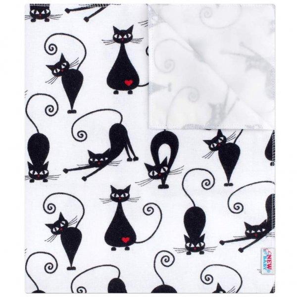 New Baby Nepromokavá flanelová podložka New Baby bílá s černou kočkou Bílá
