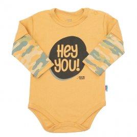 New Baby Kojenecké body s dlouhým rukávem New Baby With Love hořčicové